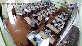 Clip cô giáo đánh nhiều học sinh gây phẫn nộ ở Hải Phòng