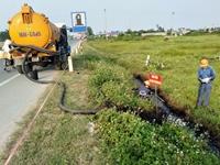 Lộ diện thủ phạm đổ chất thải độc hại xuống mương nước khiến dân bị bỏng