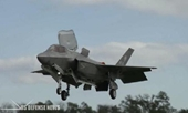 Mỹ tự hào khoe siêu máy bay chiến đấu F-35 qua mặt S-300, S-400 tối tân của Nga