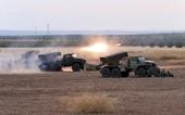 Quân đội Syria khai hoả bão siêu pháo phản lực áp chế khủng bố ở Hama