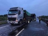 Tai nạn trên cao tốc Nội Bài - Lào Cai, nhiều người nhập viện