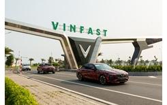 Nhìn lại hành trình 6 000 km chạy thử xuyên Việt của xe Vinfast