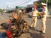 Xe máy cày và xe máy đối đầu kinh hoàng 10 người bị thương