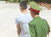 Hai lần hiếp dâm bé gái 9 tuổi, gã trai tuổi teen lĩnh 12 năm tù