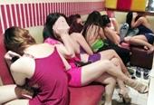 Lộ diện tú ông khi phát hiện 5 thiếu nữ bán dâm trong nhà nghỉ