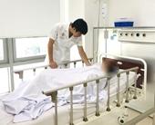 Bỏ thuốc luyện tập giáo phái lạ để chữa bệnh, người phụ nữ đột quỵ não