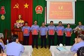 VKSND tỉnh Tây Ninh sơ kết công tác và trao quyết định bổ nhiệm lại KSV