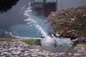 Vì sao sông Tô Lịch trở lại màu đen sau khi nhận hơn 1 triệu m3 nước từ hồ Tây