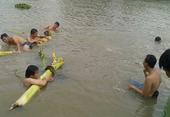 Tắm ao, 4 trẻ em là họ hàng đuối nước thương tâm