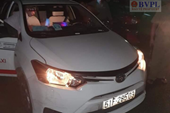 Lại xảy vụ dùng dao cứa cổ tài xế taxi để cướp tài sản