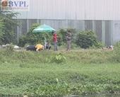 Nam thanh niên gục chết bất thường trên chiếc xe máy ven bờ kênh
