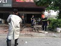 Cháy quán massage ở Hà Nội, nhiều nhân viên chạy thoát thân