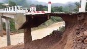 Quảng Trị Nhà ngập, đường sạt, cầu xói lở do mưa lũ