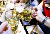Qua phòng Karaoke mời bia, 2 nhóm lao vào hỗn chiến kinh hoàng