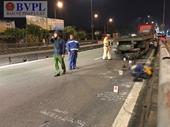 Chạy xe máy vào đường cấm, nam công nhân bị xe container cán chết