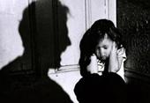 Truy tố người ông mất nhân tính hiếp dâm cháu nội