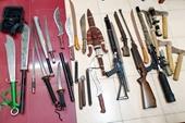 """Phát hiện """"kho"""" vũ khí trong cửa hàng cầm đồ ở Hà Nội"""