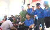Gần 1 000 người dân huyện miền núi ở Hà Tĩnh tham gia hiến máu tình nguyện