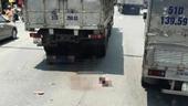Đôi nam nữ chết thảm dưới bánh xe tải