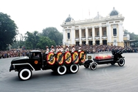 Những khoảnh khắc lay động trái tim trong lễ tang Đại tướng Võ Nguyên Giáp