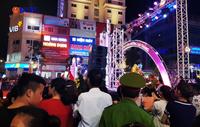 Thành phố Vinh rực rỡ sắc màu tại lễ khai trương chợ đêm đầu tiên