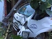 HY HỮU Thầy dạy lái xe điều khiển ô tô tông thẳng vào nhà dân