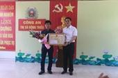 Khen thưởng lái xe húc ngã tên cướp cầm súng cướp tiệm vàng tại Quảng Ninh