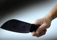 Ghen tuông, gã đàn ông mang dao đến chém cả nhà tình địch