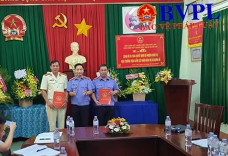 Bổ nhiệm Viện trưởng VKSND thị xã Buôn Hồ và VKSND huyện Ea Kar