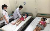 Hai học sinh ở Hải Phòng nhập viện do uống phải lọ nước do người lạ đưa