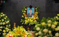 Dòng người tiễn biệt cố Thứ trưởng Bộ GD-ĐT Lê Hải An