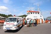 Tàu SAR 27-01 kịp thời vận chuyển cấp cứu ngư dân lâm bệnh trên biển