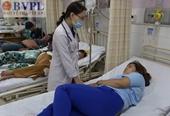 Ngộ độc thực phẩm, hàng chục công nhân nhập viện cấp cứu