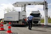 Thủ đoạn bọn buôn người dùng xe container đông lạnh đưa người vào Anh như thế nào