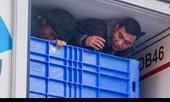 Về xã có 1 300 lao động ở nước ngoài  Chuyến vượt biên rùng rợn