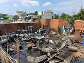 Cháy lớn ở kho dầu nhớt, một cảnh sát PCCC bị thương