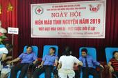 Chi đoàn VKSND huyện Kỳ Sơn tham gia hiến máu tình nguyện
