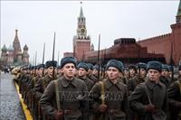 Tái hiện cuộc duyệt binh lịch sử năm 1941 kỷ niệm Cách mạng tháng Mười Nga
