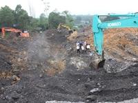 Sạt lở đất ở công ty than, 4 công nhân thiệt mạng