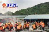 CLIP cận cảnh hành vi chống đối quyết định cưỡng chế ở Vân Đồn