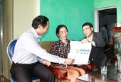 Lãnh đạo huyện Vân Đồn thăm hỏi cán bộ bị thương khi thực hiện cưỡng chế nhà bè