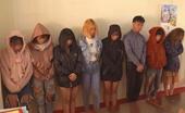 7 cô gái, 1 nam tổ chức tiệc ma túy trong quán Karaoke