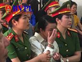 Xét xử mẹ nữ sinh giao gà Trần Thị Hiền khóc và không quên nhắc con ngay tại Tòa