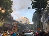 Cháy lớn ở Karaoke trên phố Thi Sách, Hà Nội