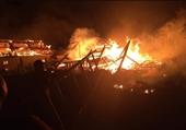 Không có lực lượng Cảnh sát PCCC, 3 nhà dân bị cháy rụi lúc chập tối