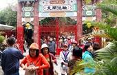 Du khách nườm nượp đổ về Hội An nhân kỷ niệm 20 năm Di sản thế giới