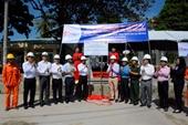 Gắn biển hoàn thành công trình cấp điện lưới Quốc gia ra xã đảo ở Kiên Giang