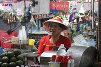Người dân Đà Nẵng cháy hết mình cổ vũ U22 Việt Nam chiến thắng