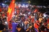 Hàng chục phương tiện bị tạm giữ khi 'đi bão' mừng U22 Việt Nam vô địch