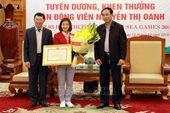 Khen thưởng VĐV Nguyễn Thị Oanh đoạt 3 Huy chương Vàng tại SEA Games 30